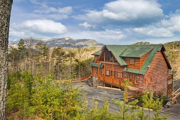 4 Group Vacations Our 8 Bedroom Cabins Gatlinburg Tn Are Made For
