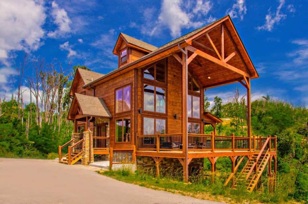 Why Are Cabins the Best Places to Stay in Gatlinburg For ...