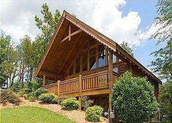 8 of our most romantic gatlinburg cabin rentals for for Gatlinburg cabins for couples