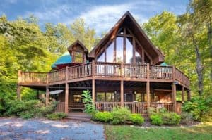 Diamond Jim's 5 bedroom cabin rental in Pigeon Forge TN.