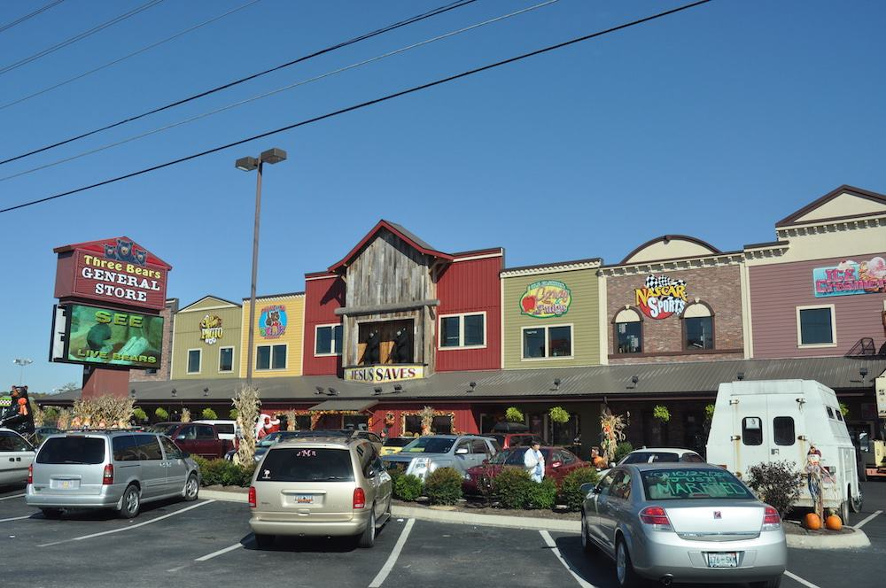 Top 5 Places to Go Shopping in Pigeon Forge