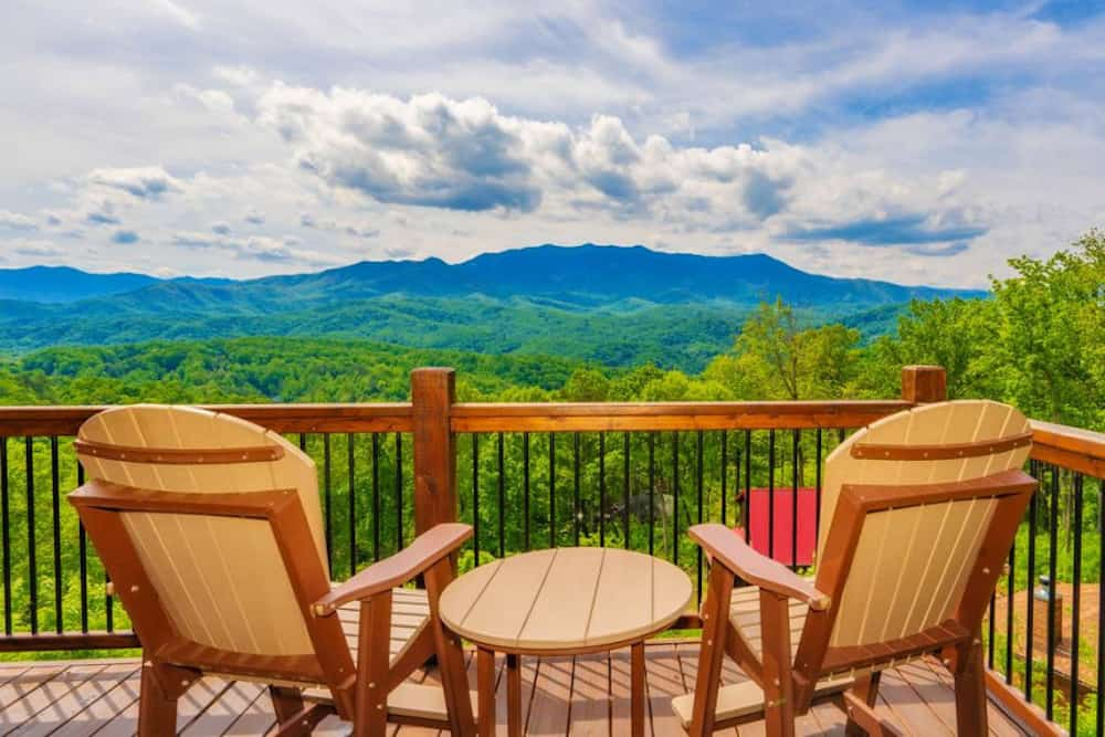 4 Reasons to Plan a Getaway to Our Romantic Cabins in Gatlinburg TN
